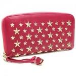 朝比奈彩のお気に入りのお財布とJIMMY CHOOの魅力を探る